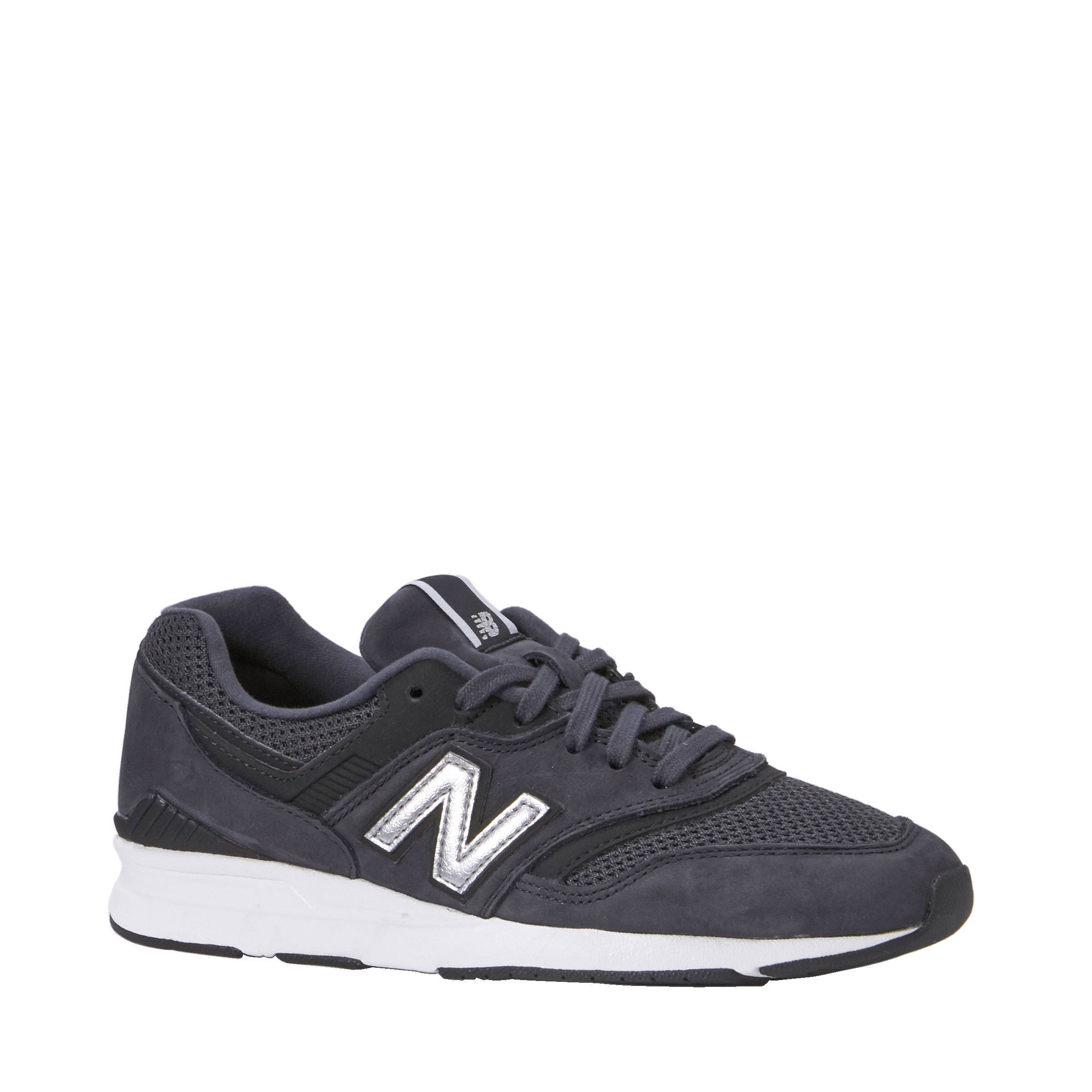 new balance schoenen vallen