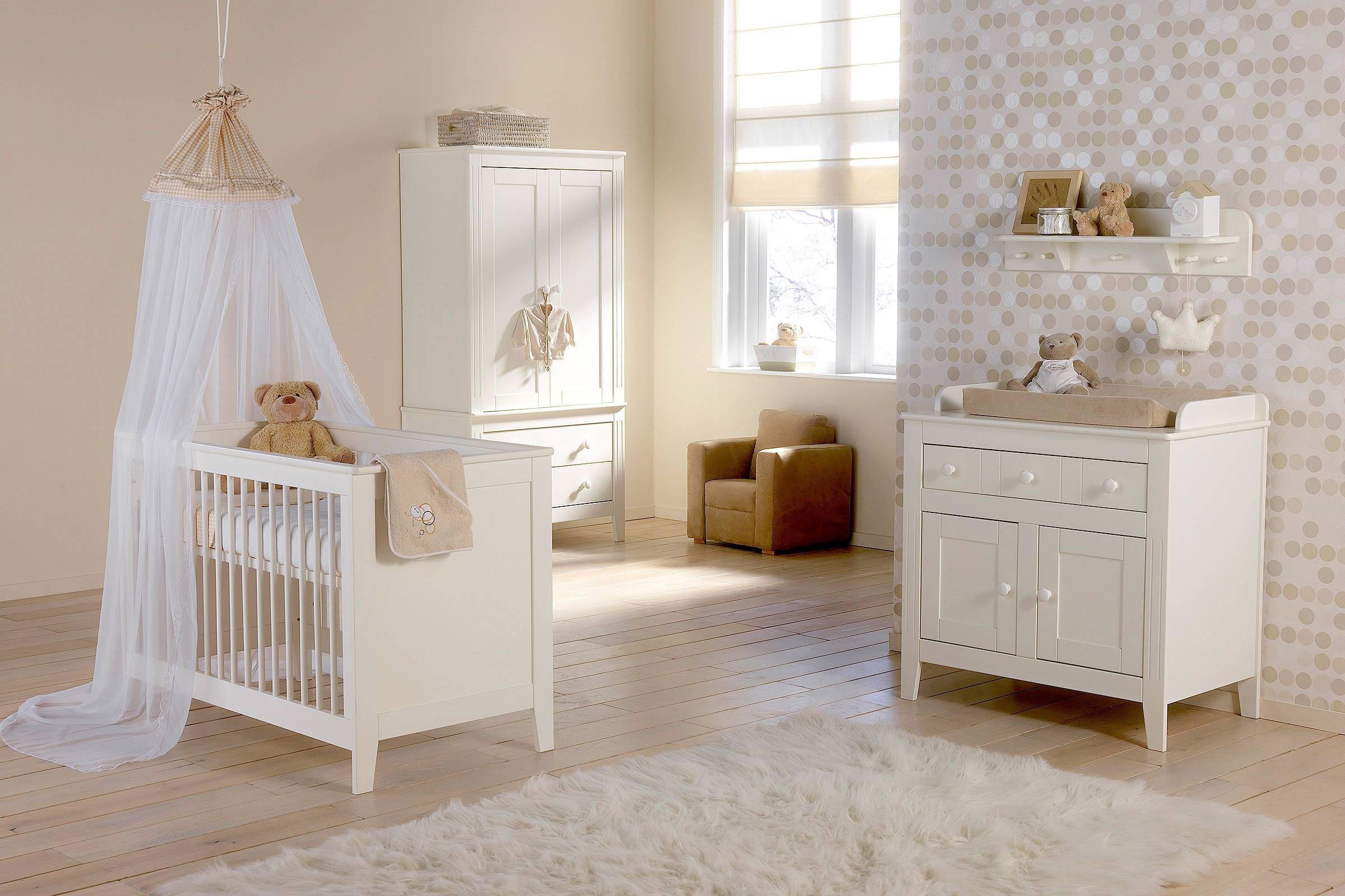 Basicline Montana babykamer (ledikant + commode + linnenkast)