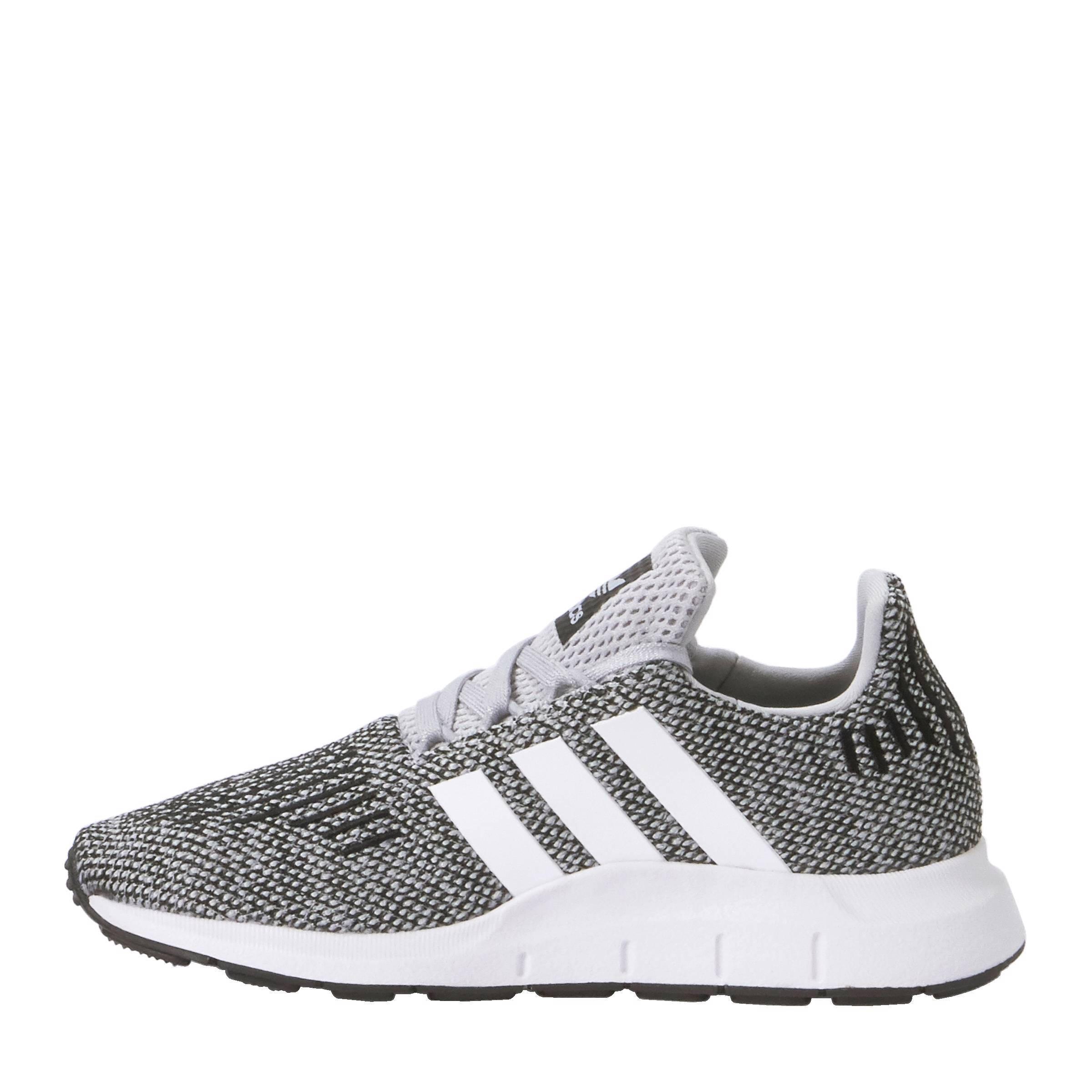 5f8e71bacd279 adidas originals Swift Run C sneakers