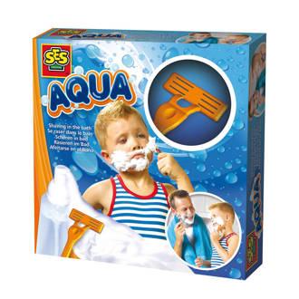 Aqua scheren in bad