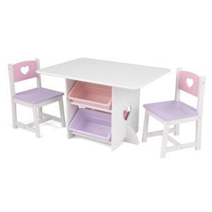 tafel en 2 stoelen met hartjes