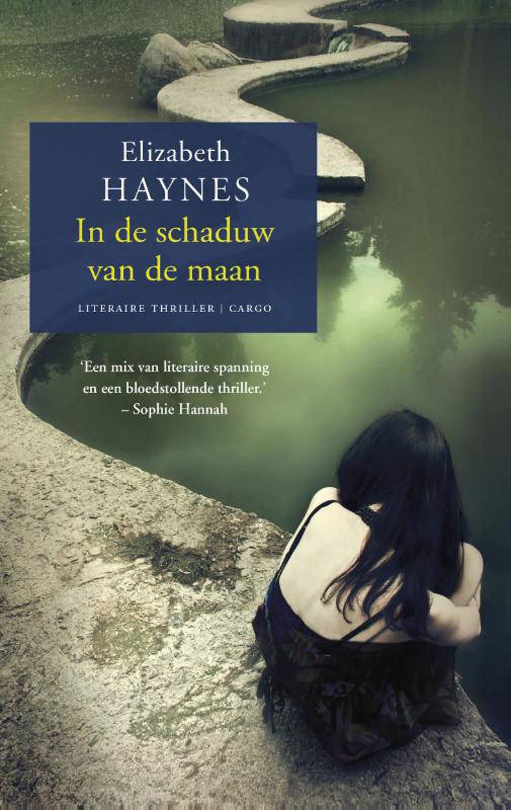 In de schaduw van de maan - Elizabeth Haynes