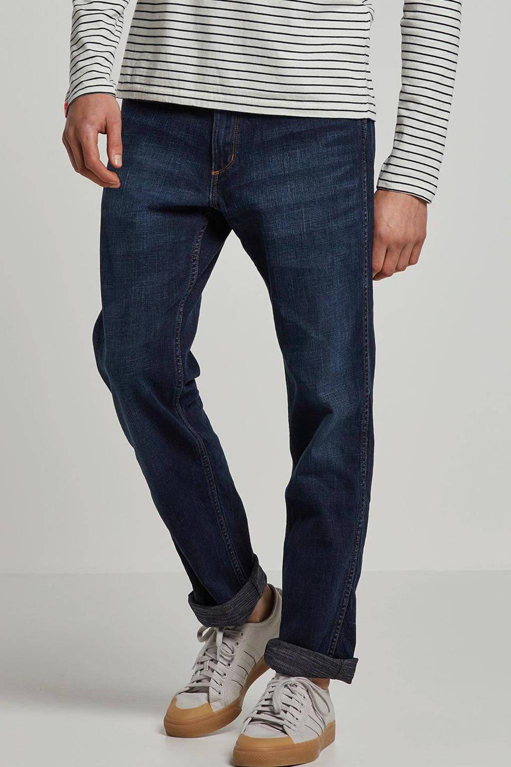 Wrangler straight fit jeans Greensboro el camino, El camino