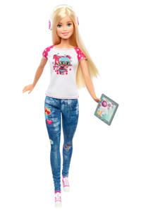 Barbie Entertainment Video Game Hero pop video game held