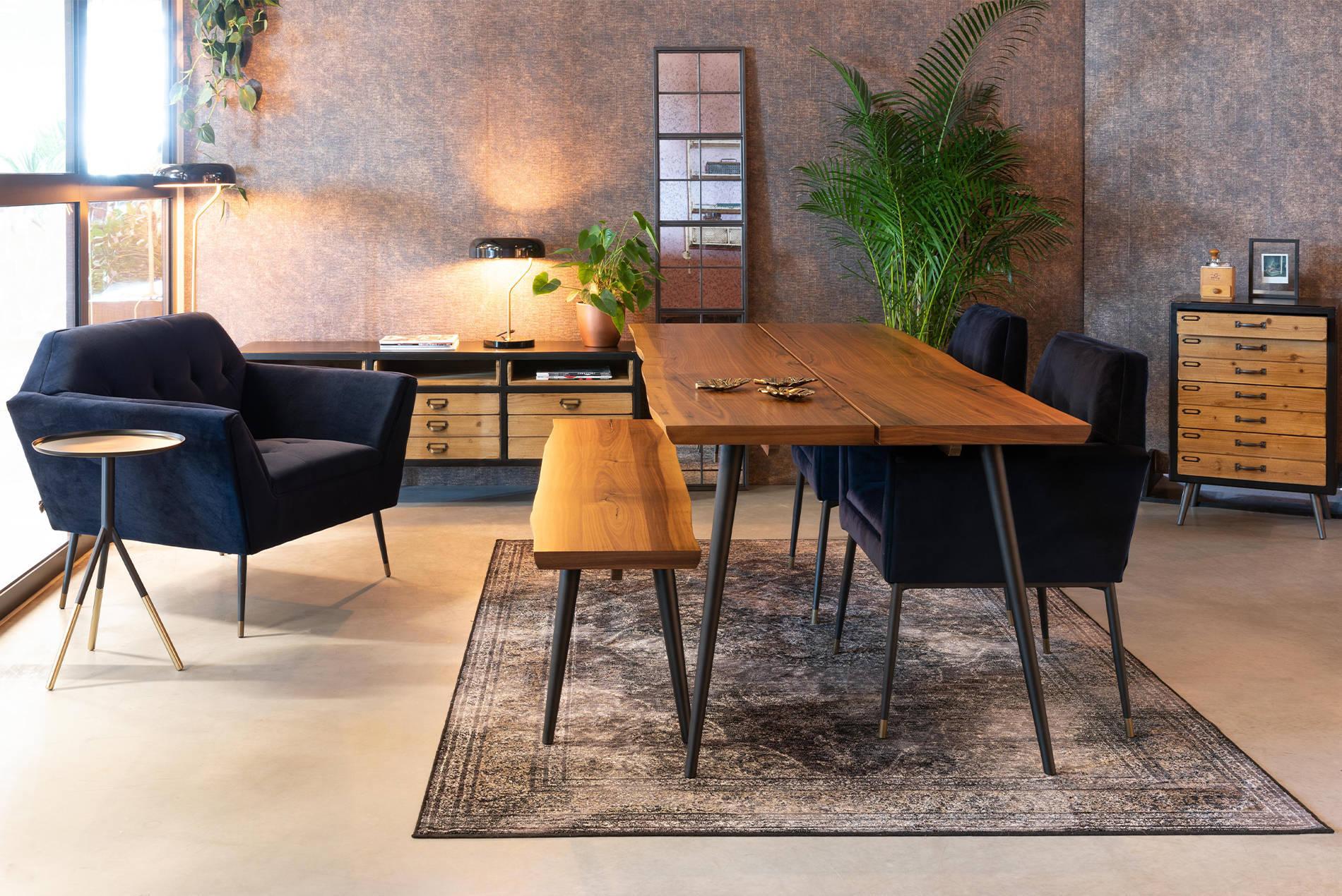 Dutchbone tafels en stoelen