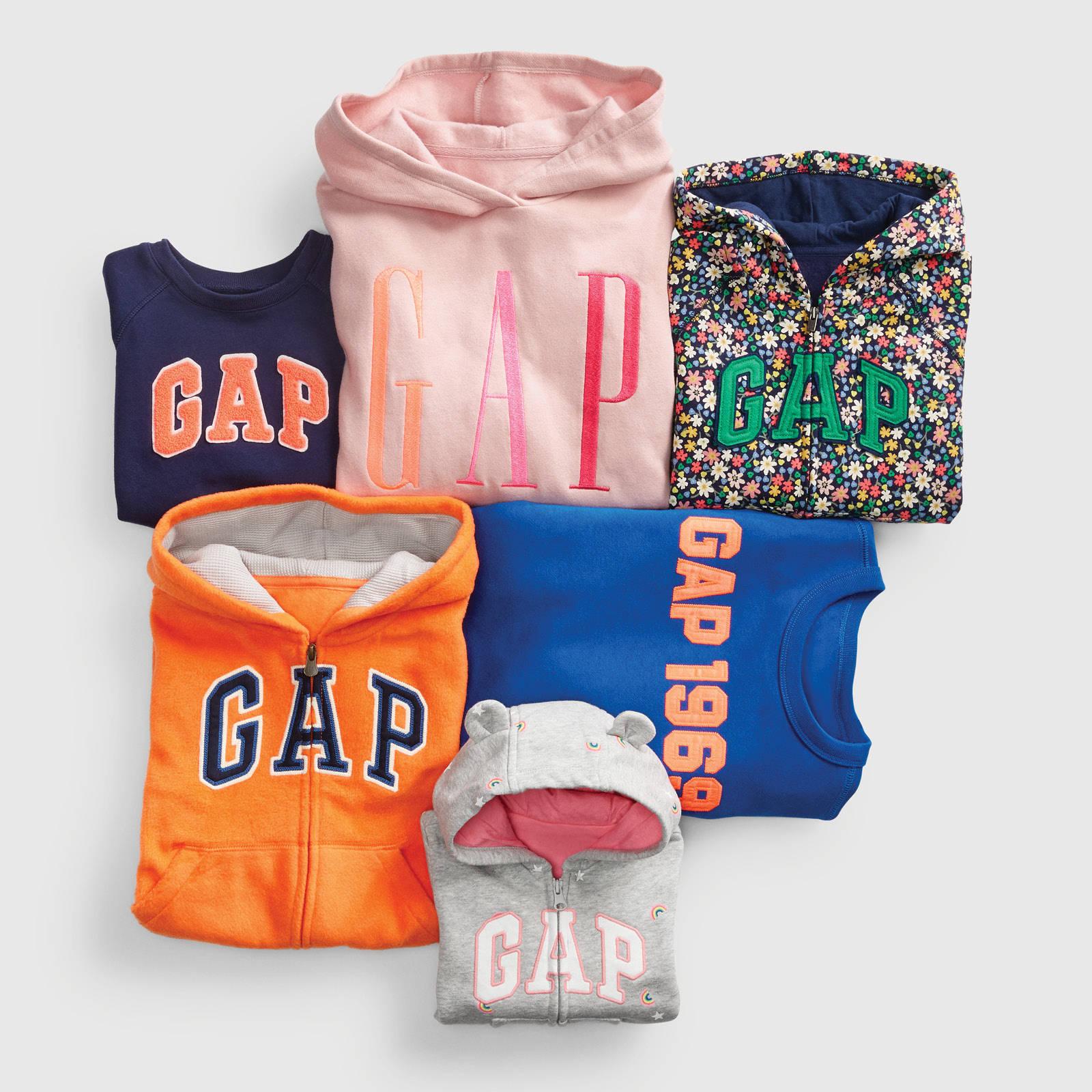 GAP logo shop