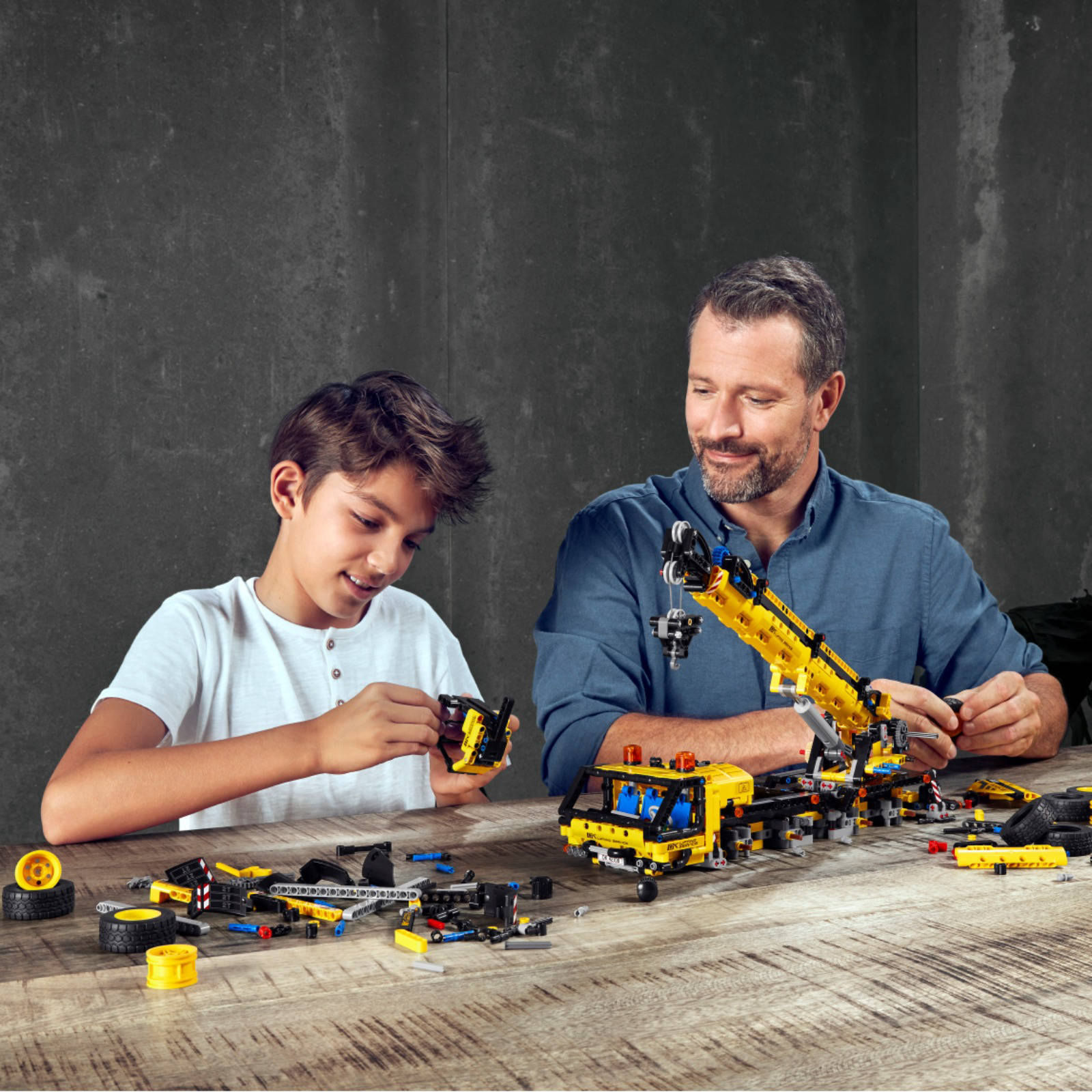 LEGO Technic teaser brand page (1)